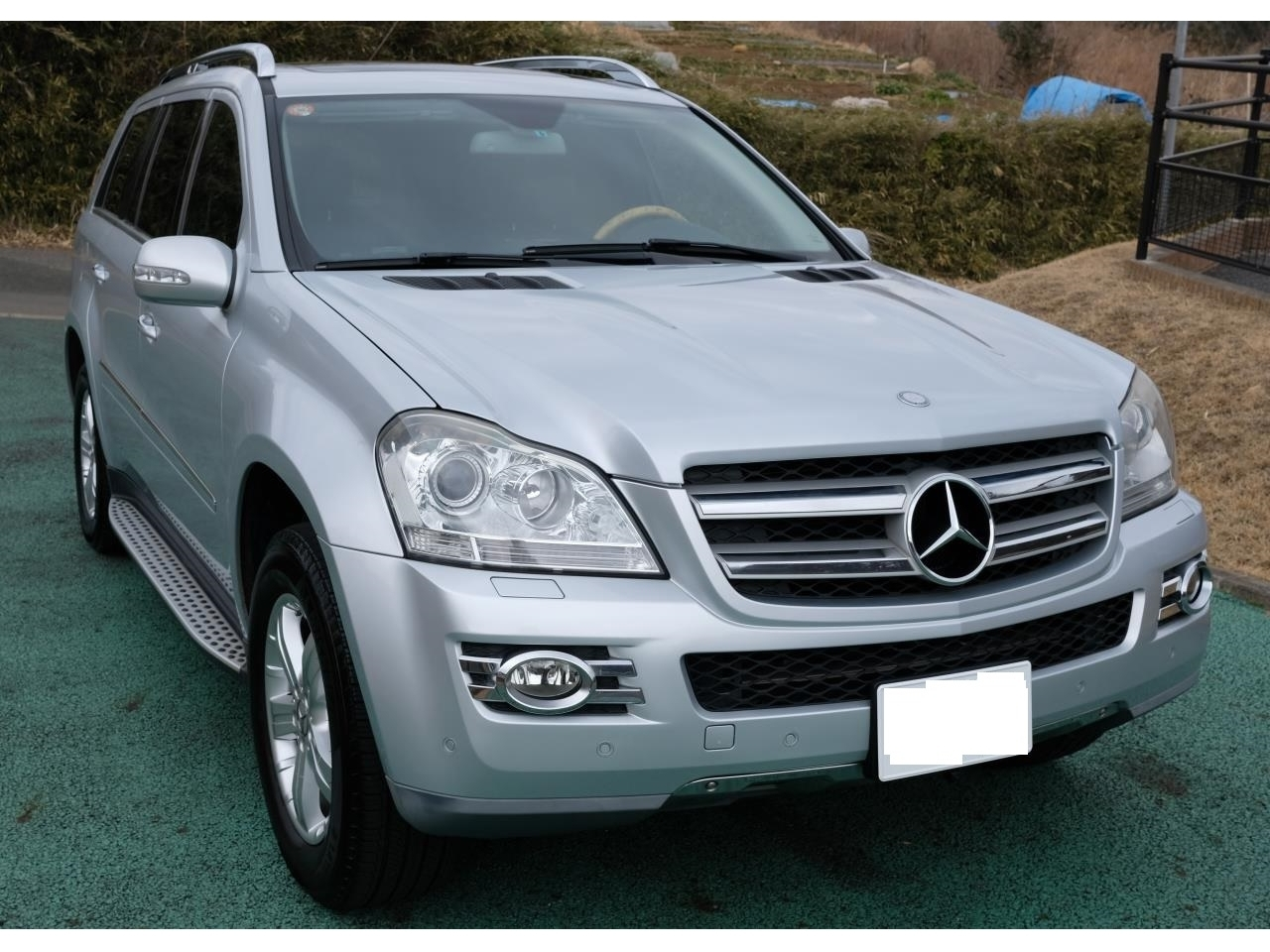 Buy used MERCEDES BENZ GL at Japanese auctions